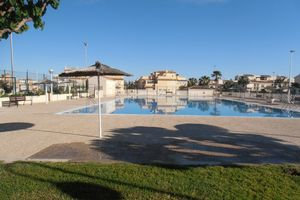 Location de vacances - Two Bedroom Town House, Piscine collective, Wi Fi, la télévision britannique et terrain de sport - Gran Alacant