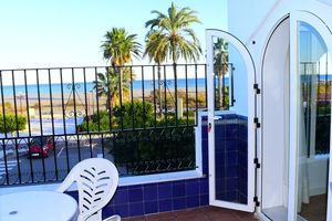 Location de vacances - BEACH FRONT ROYAL APPARTEMENT DANS QUARTIER RESIDENTIEL, WIFI - Playas De Vera