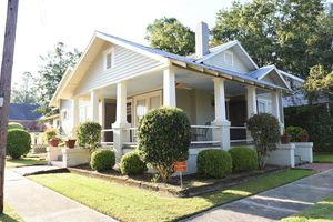 Location de vacances - Cosy Cottage Downtown! - Statesboro