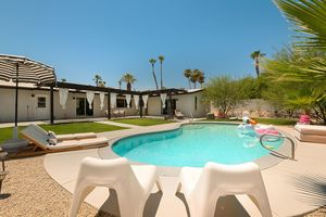 Location de vacances - Nouvelle inscription: Chic Hideaway Full of Exclusive Desert Vibes - Cathedral City