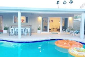 Location de vacances - Trendy Mid-Cent w / Pool, au centre de Palm Springs / Rancho Mirage / Coachella - Cathedral City