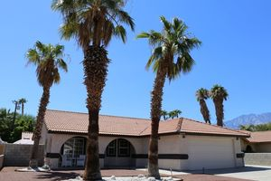 Location de vacances - Desert Oasis Getaway - Cathedral City